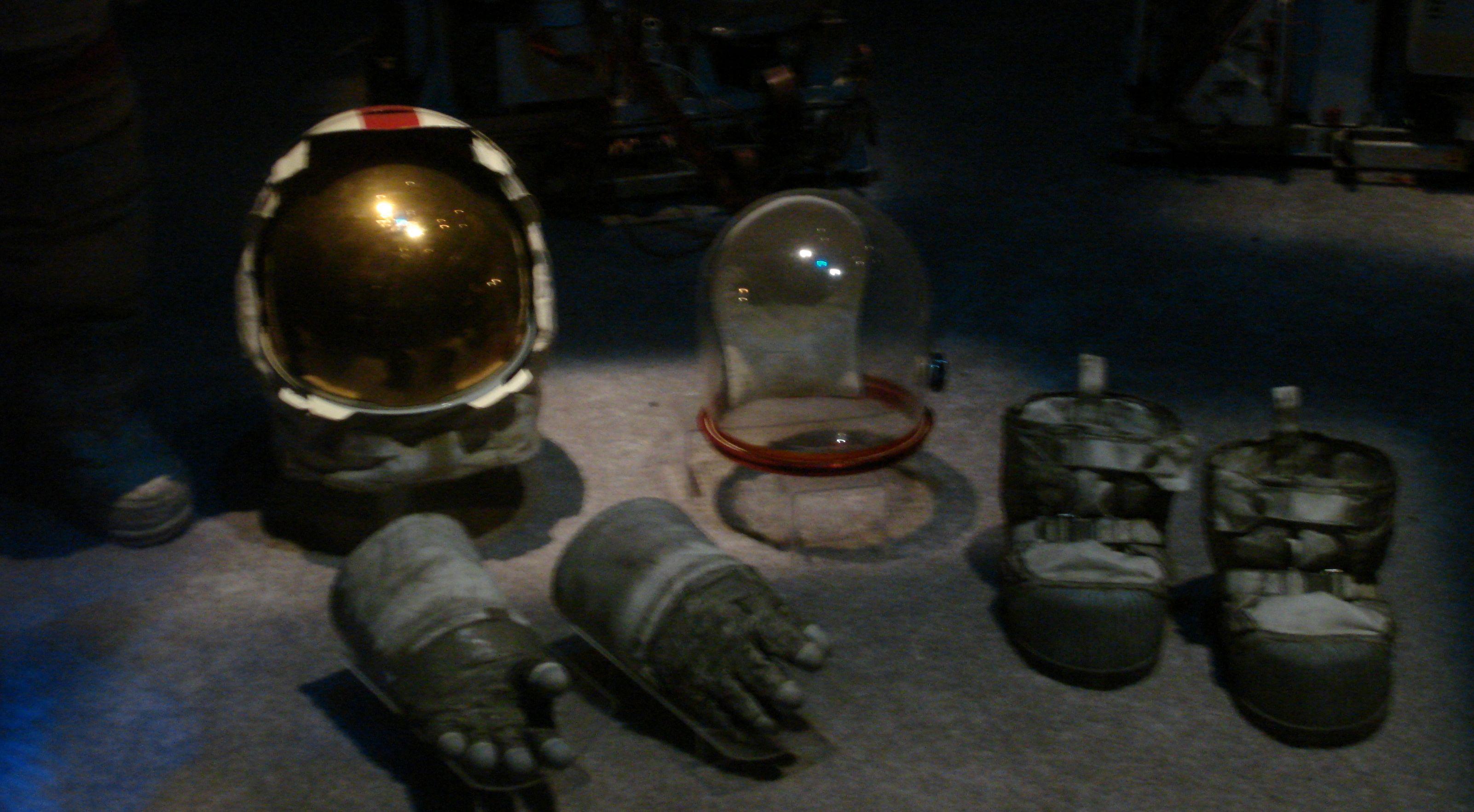 astronaut tools - photo #2